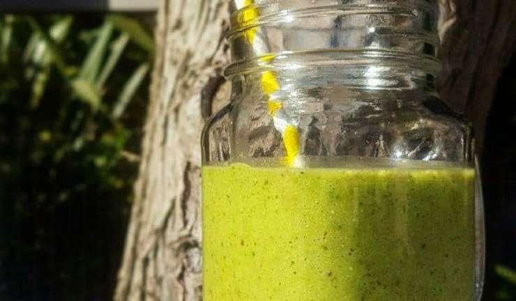 kale avocado smoothie