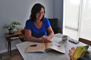 Author Suz Stokes
